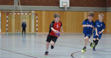 F-Jugend Handballer zuhause gegen den Tabellennachbarn aus Moers-Kapellen