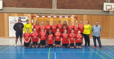 Gefüllte Halle beim erstes Heimspiel der zweiten Damenmannschaft